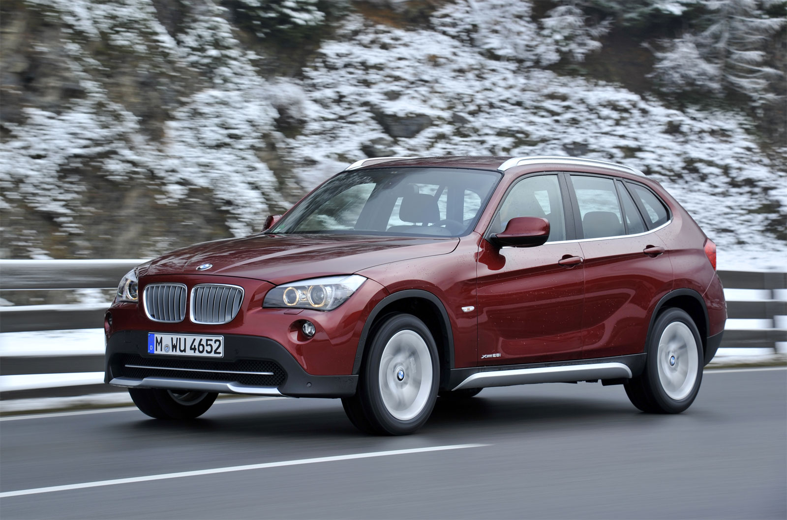 BMW X1 xDrive28i 2011 photo - 4