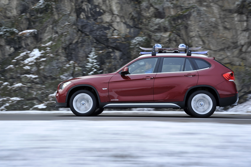 BMW X1 xDrive28i 2011 photo - 5