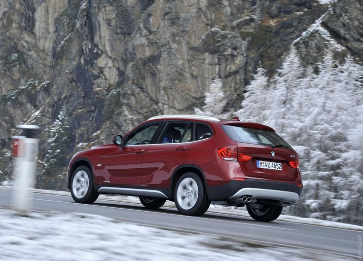 BMW X1 xDrive28i 2011 photo - 9