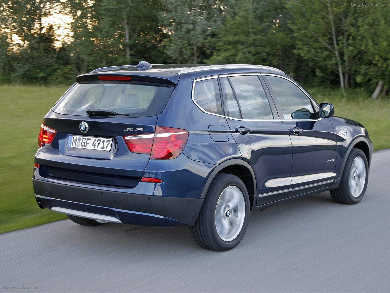 BMW X3 sDrive20i 2012 photo - 2