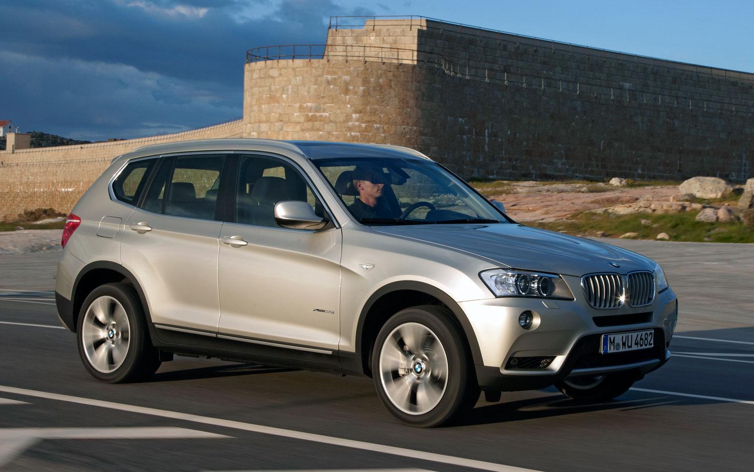 BMW X3 sDrive20i 2012 photo - 3