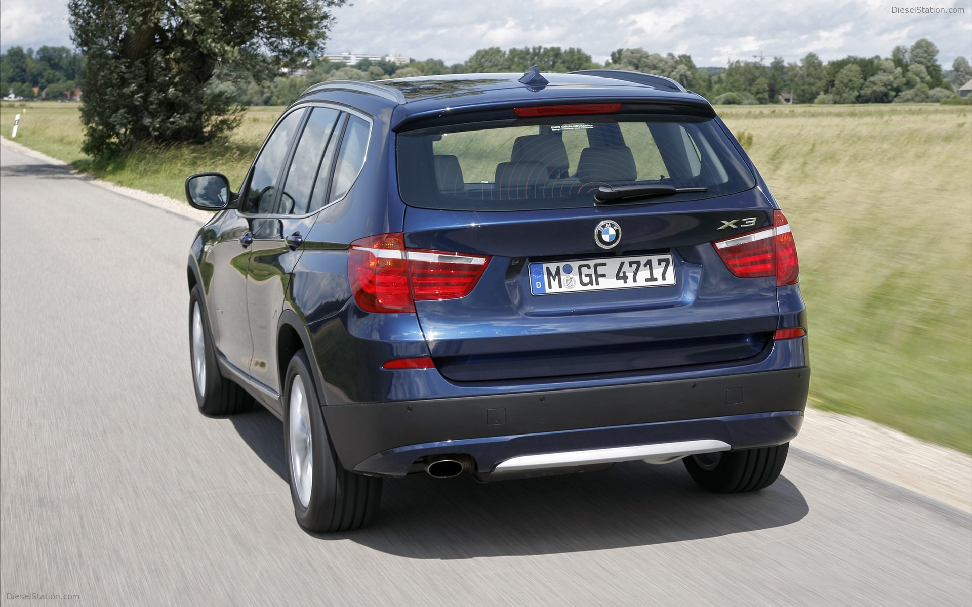 BMW X3 sDrive20i 2012 photo - 8