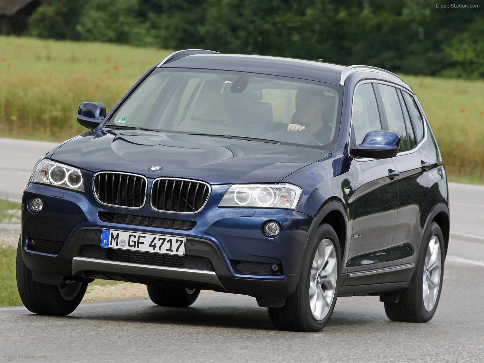 BMW X3 sDrive20i 2012 photo - 9