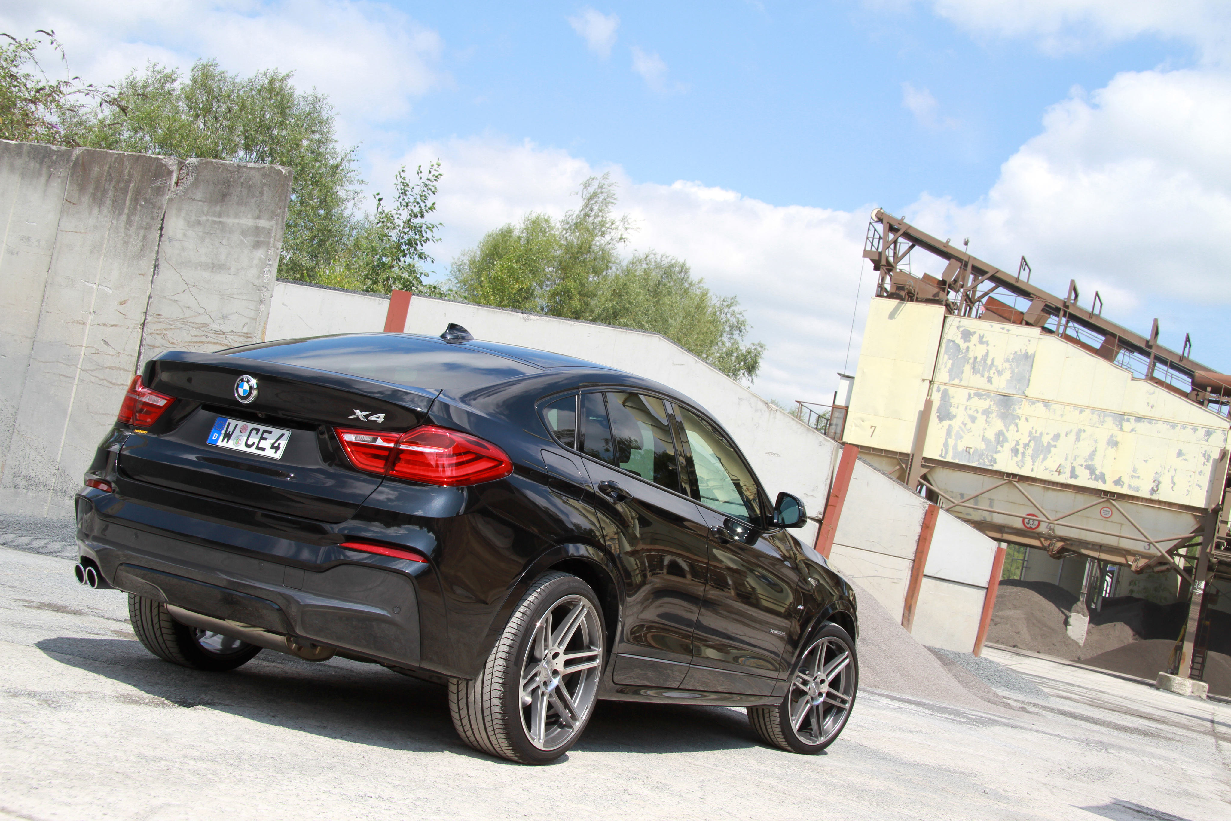 BMW X4 xDrive35d 2014 photo - 12