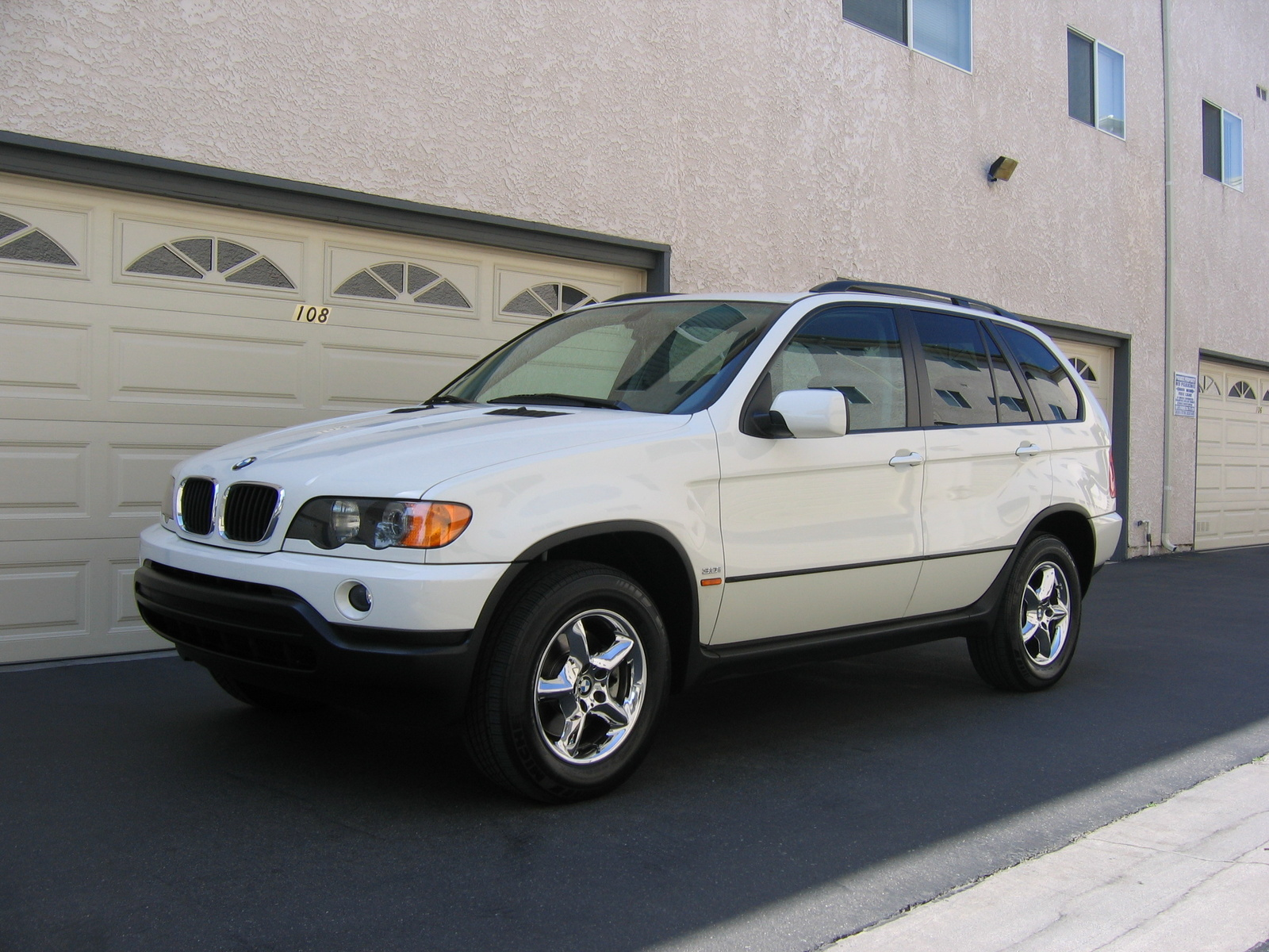 bmw x5 2003 technical specifications interior and exterior photo. Black Bedroom Furniture Sets. Home Design Ideas