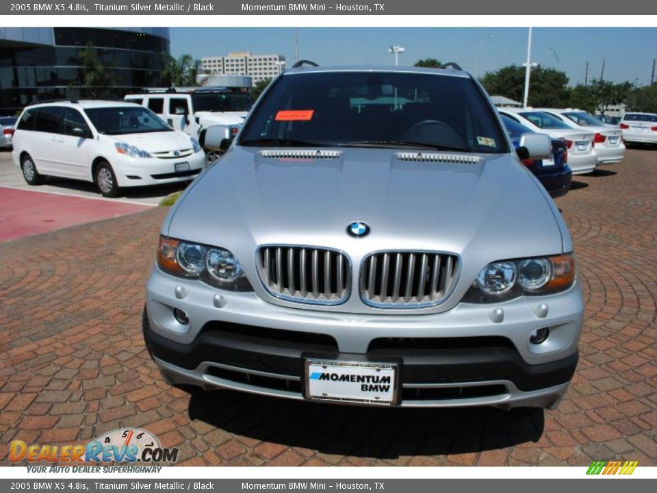 BMW X5 4.8is 2005 photo - 6