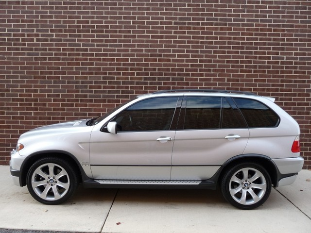 BMW X5 4.8is 2005 photo - 7