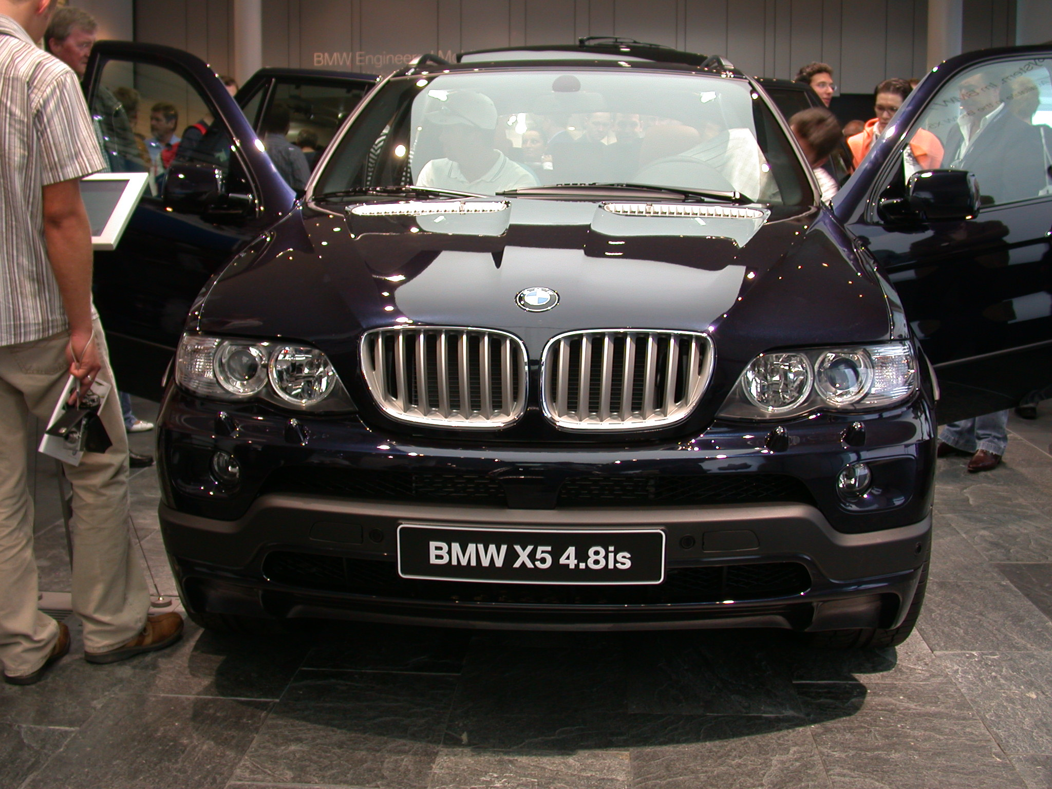 BMW X5 4.8is 2005 photo - 8