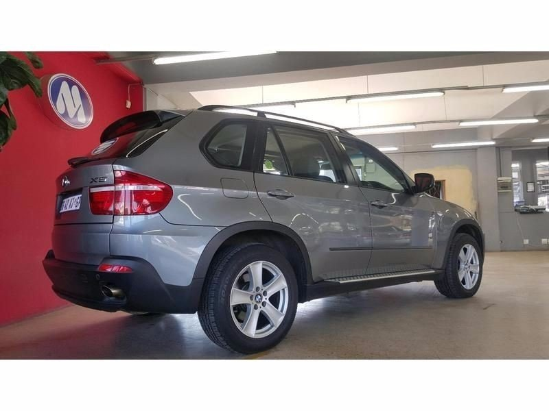 BMW X5 xDrive30i 2007 photo - 4