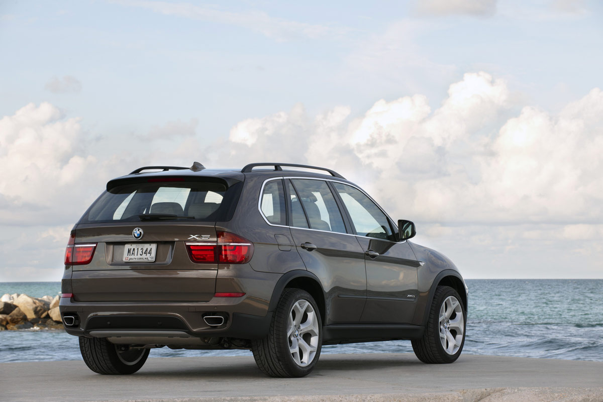 BMW X5 xDrive40d 2011 photo - 1