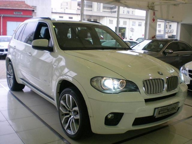 BMW X5 xDrive40d 2011 photo - 10