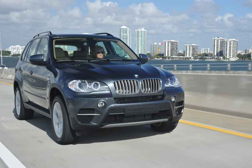 BMW X5 xDrive40d 2011 photo - 4