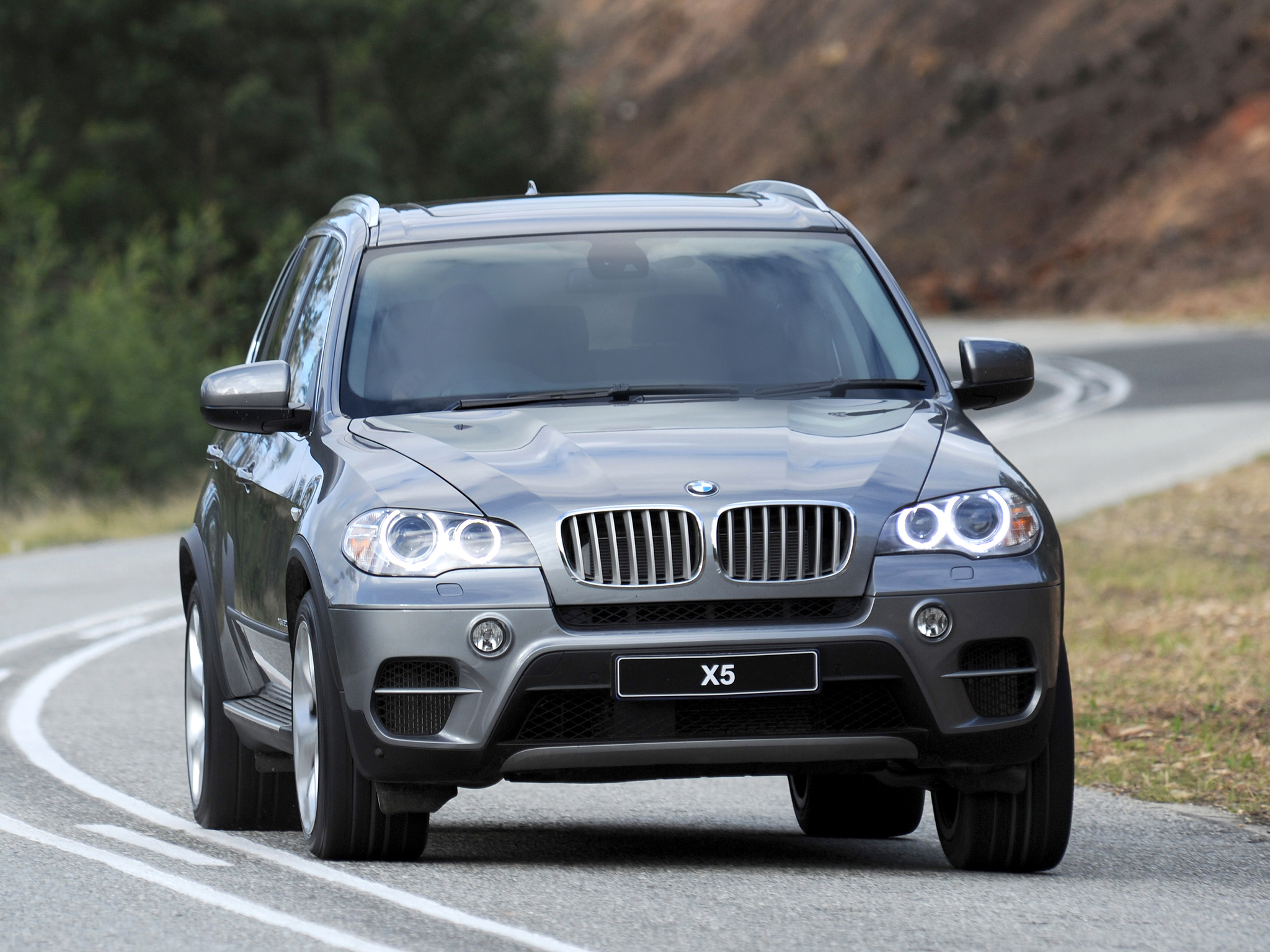 BMW X5 xDrive50i 2010 photo - 1