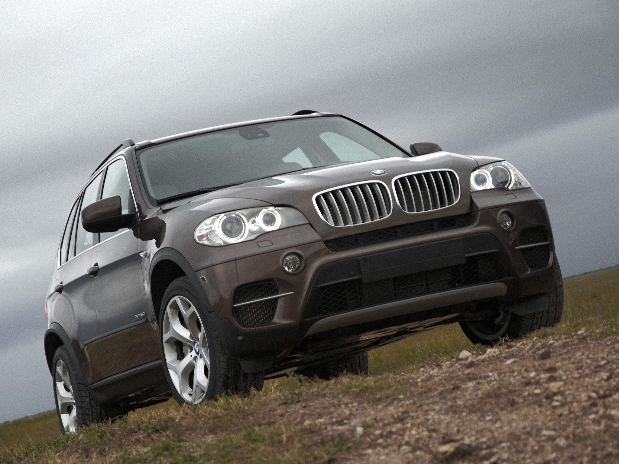 BMW X5 xDrive50i 2010 photo - 8