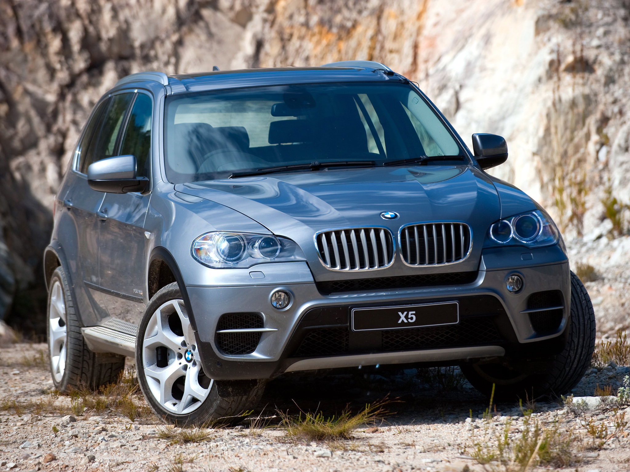 BMW X5 xDrive50i 2010 photo - 9