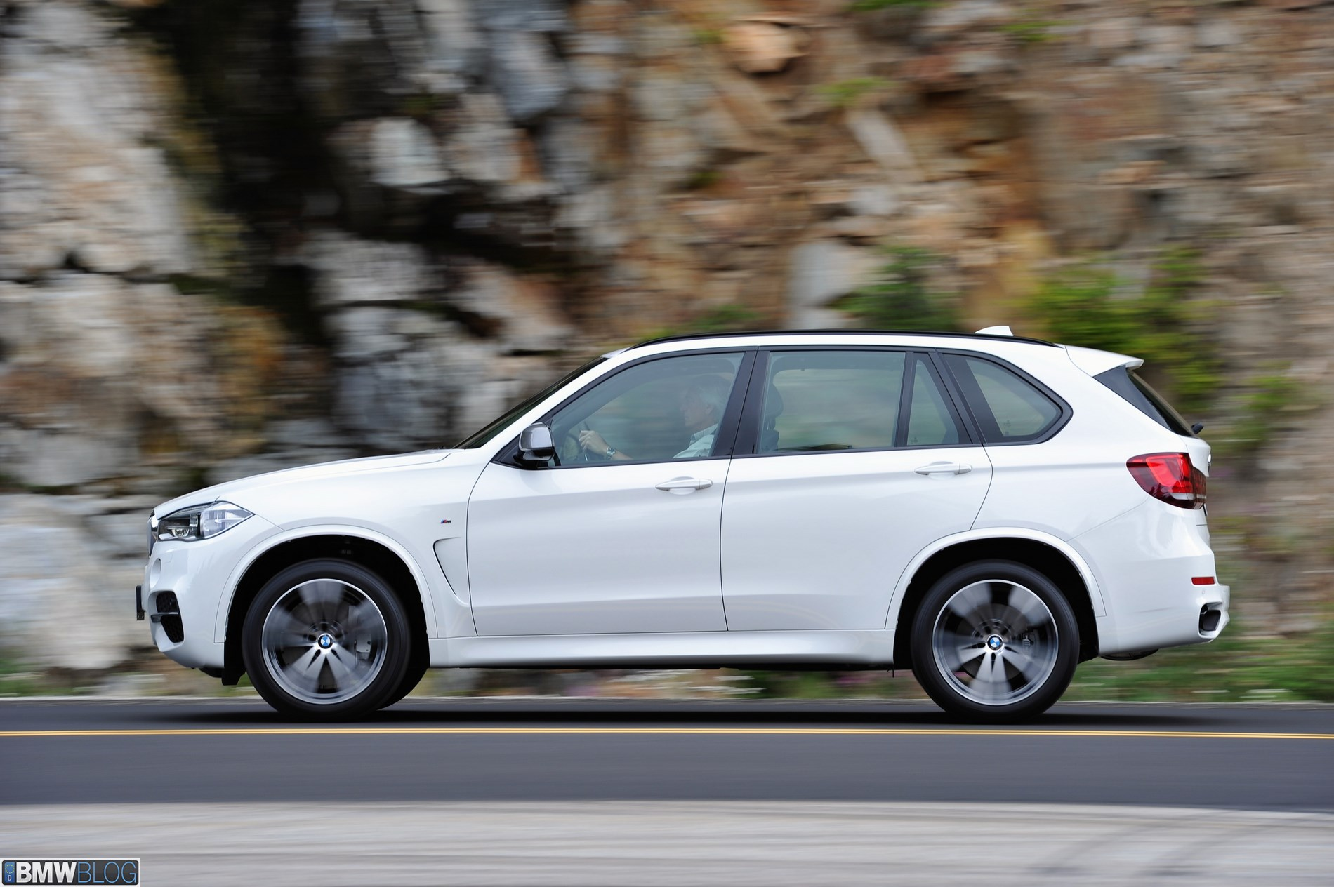 BMW X5 xDriveM50d 2014 photo - 11