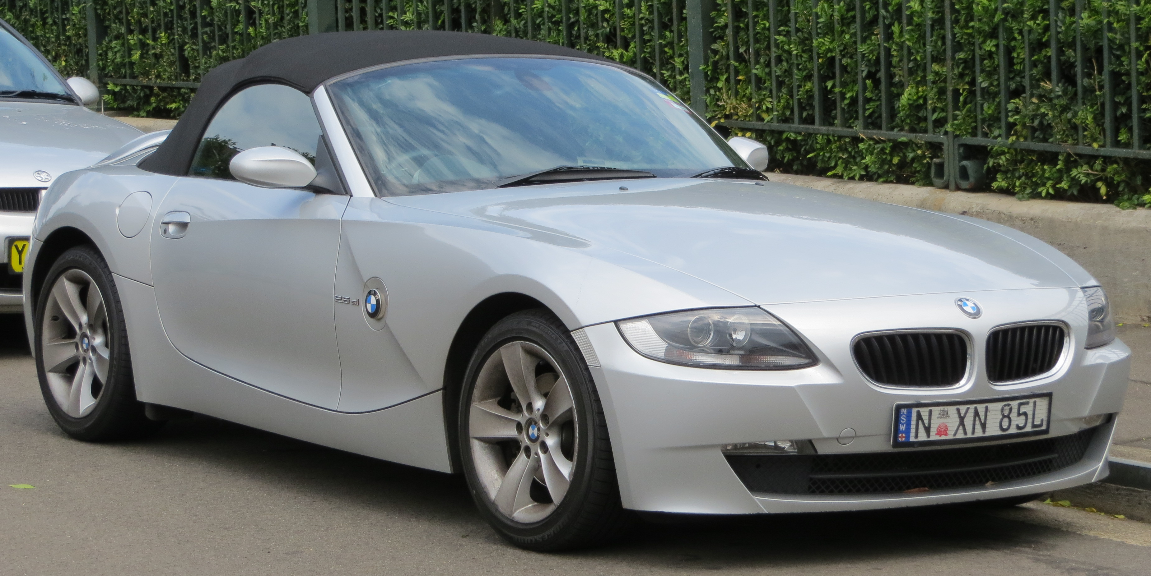 Bmw Z4 2 5si 2006 Technical Specifications Interior And