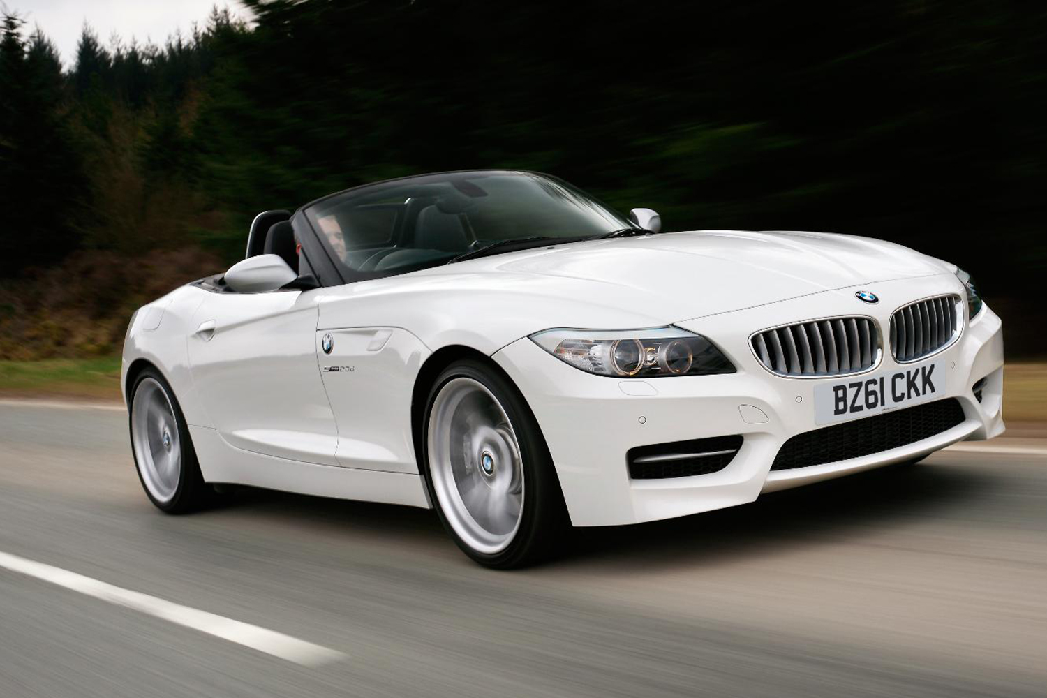 BMW Z4 sDrive18i 2011 photo - 1