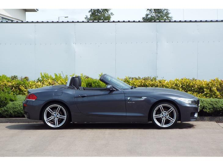 BMW Z4 sDrive18i 2011 photo - 5
