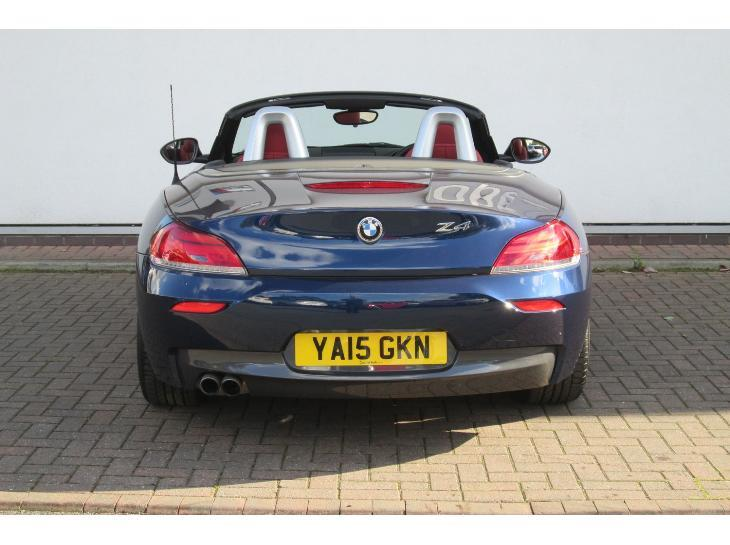 BMW Z4 sDrive18i 2011 photo - 6