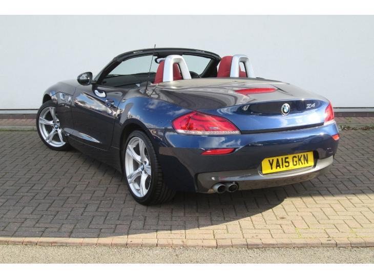 BMW Z4 sDrive18i 2011 photo - 9