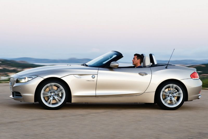 BMW Z4 sDrive20i 2011 photo - 1