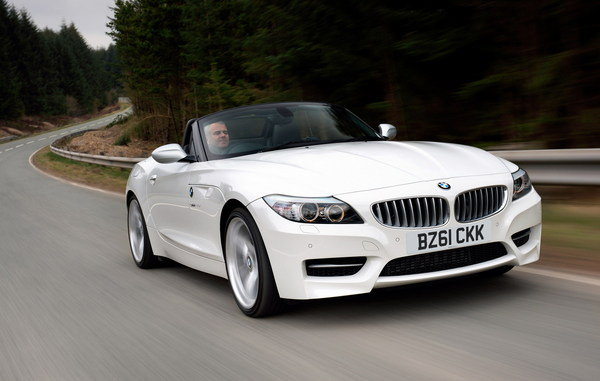 BMW Z4 sDrive20i 2011 photo - 2