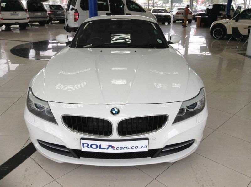 BMW Z4 sDrive20i 2013 photo - 2