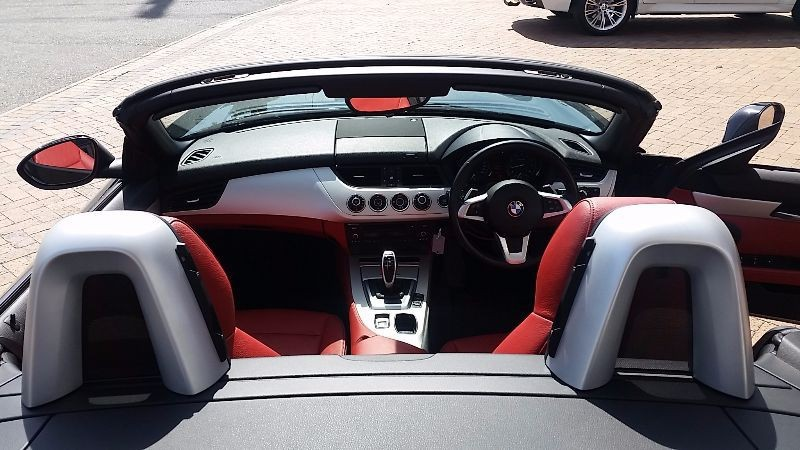 BMW Z4 sDrive20i 2013 photo - 8