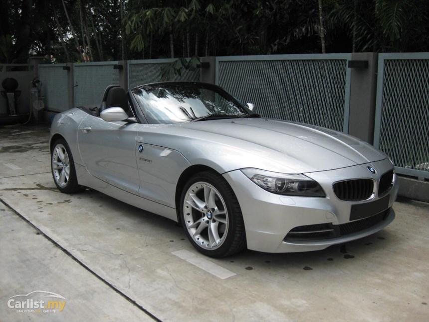 BMW Z4 sDrive23i 2009 photo - 12
