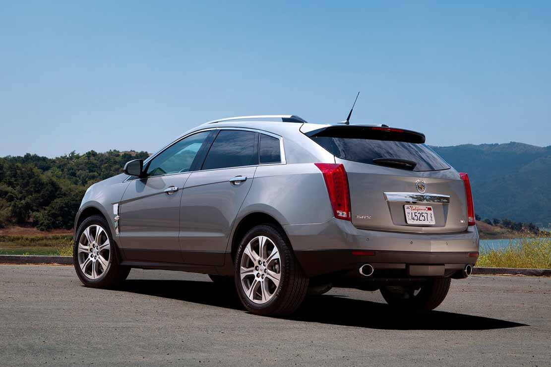 awd vehicles cadillac small highlights rear crossovers suvs suv l crossover of
