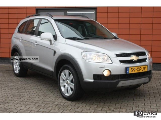 Chevrolet Captiva 2.0 2007 photo - 11