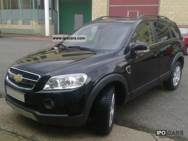 Chevrolet Captiva 2.0 2007 photo - 2