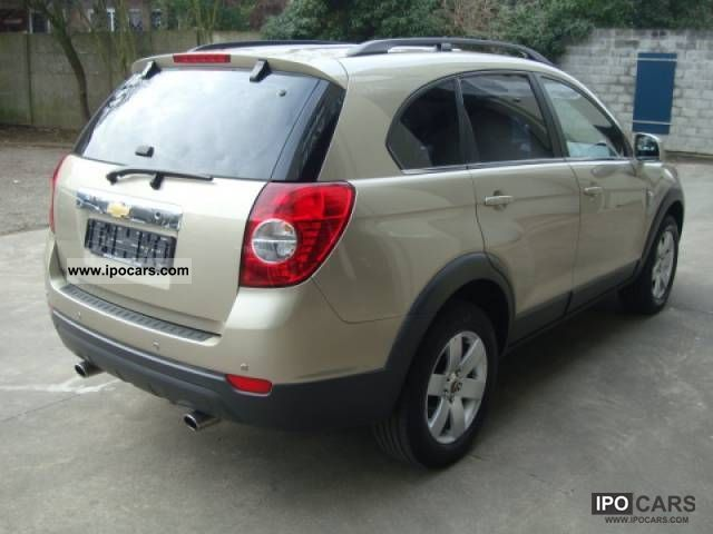 Chevrolet Captiva 2.0 2007 photo - 7
