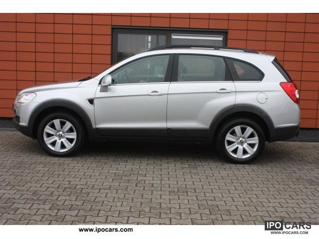 Chevrolet Captiva 2.0 2007 photo - 8
