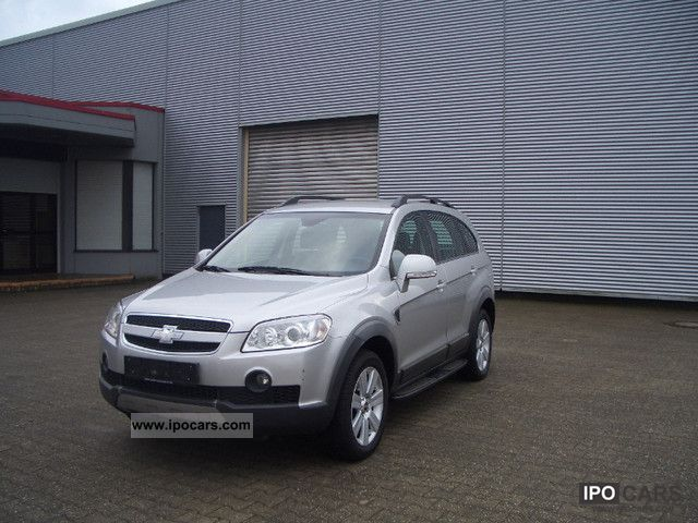 Chevrolet Captiva 2.0 2007 photo - 9