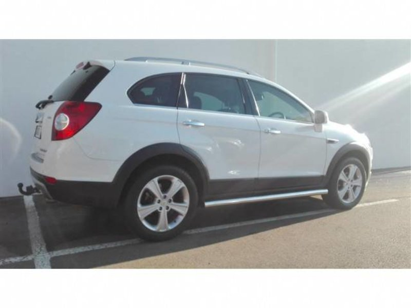 Chevrolet Captiva 3.0 2013 photo - 10