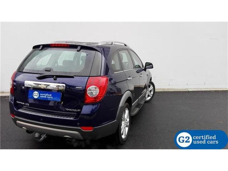 Chevrolet Captiva 3.0 2013 photo - 4