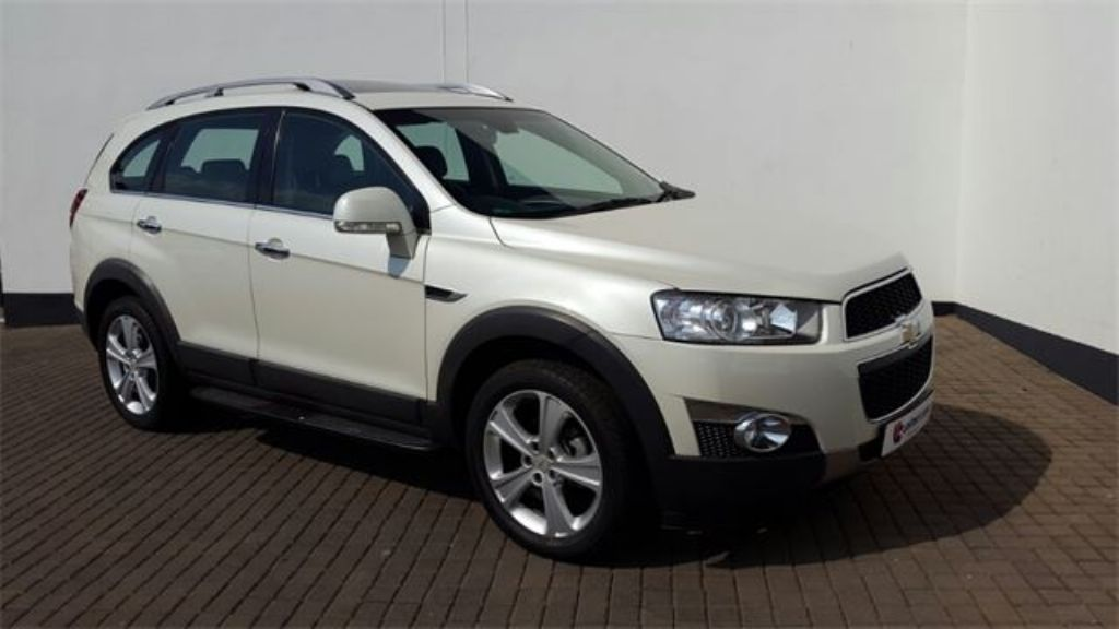 Chevrolet Captiva 3.0 2013 photo - 9