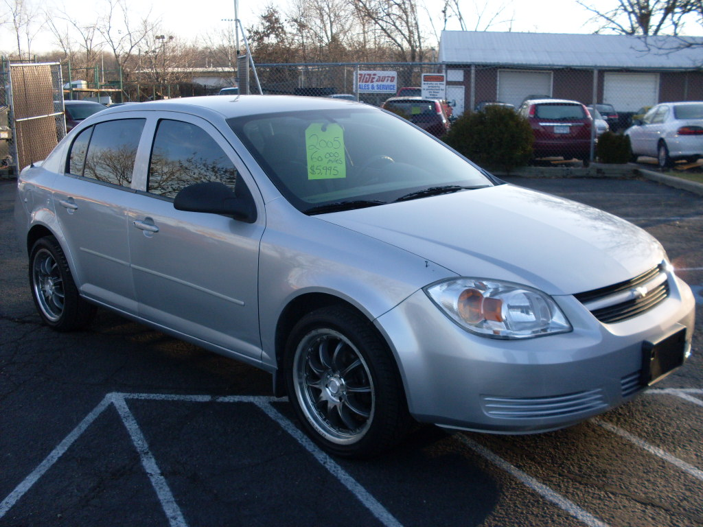 Chevrolet Cobalt 2.2 2004 photo - 8