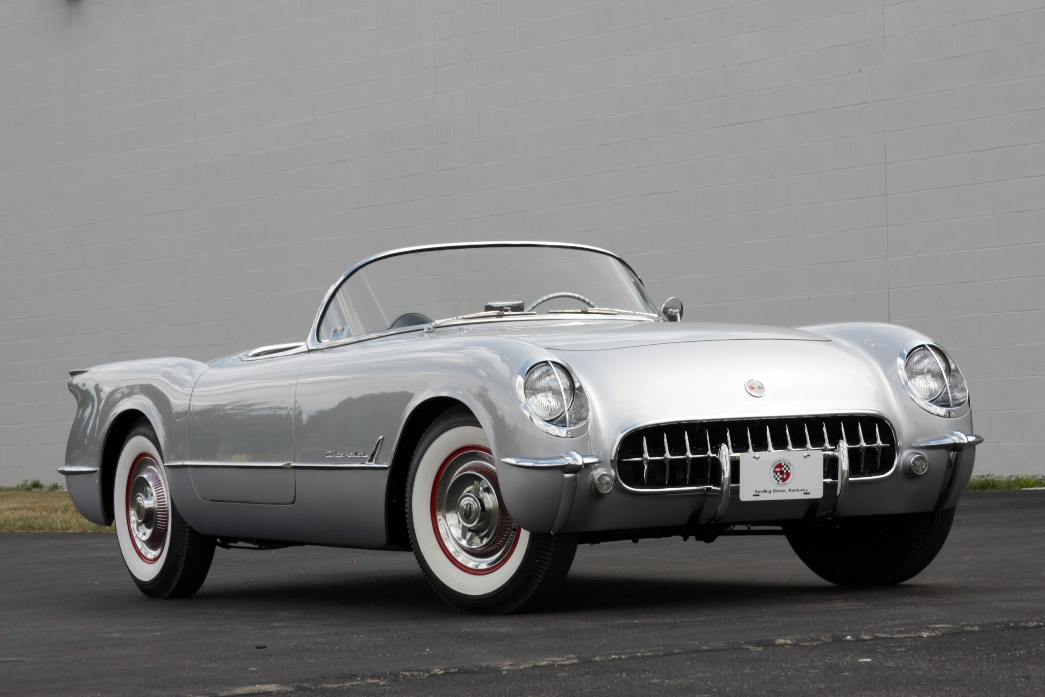 Chevrolet Corvette 4.3 1954 photo - 9