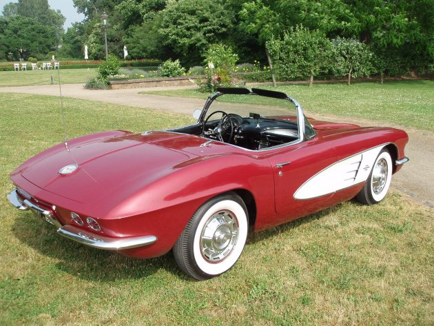 Chevrolet Corvette 4.6 1961 photo - 11