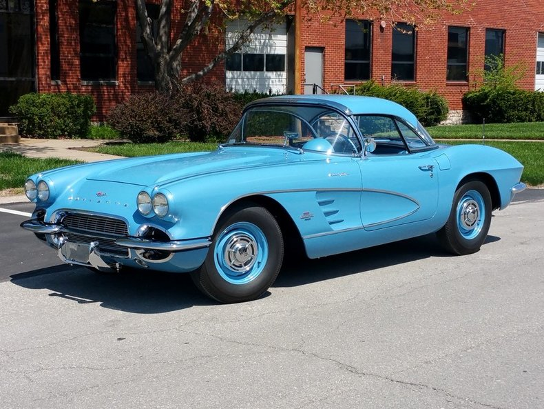 Chevrolet Corvette 4.6 1961 photo - 5
