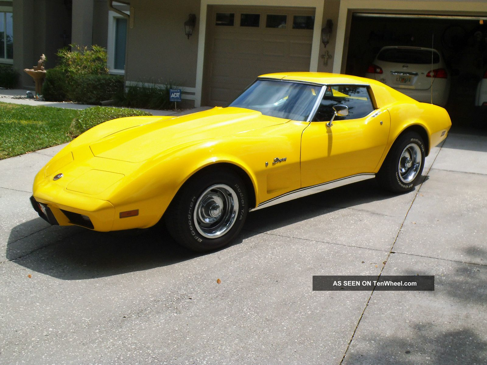 Chevrolet Corvette 5.7 1976 photo - 1
