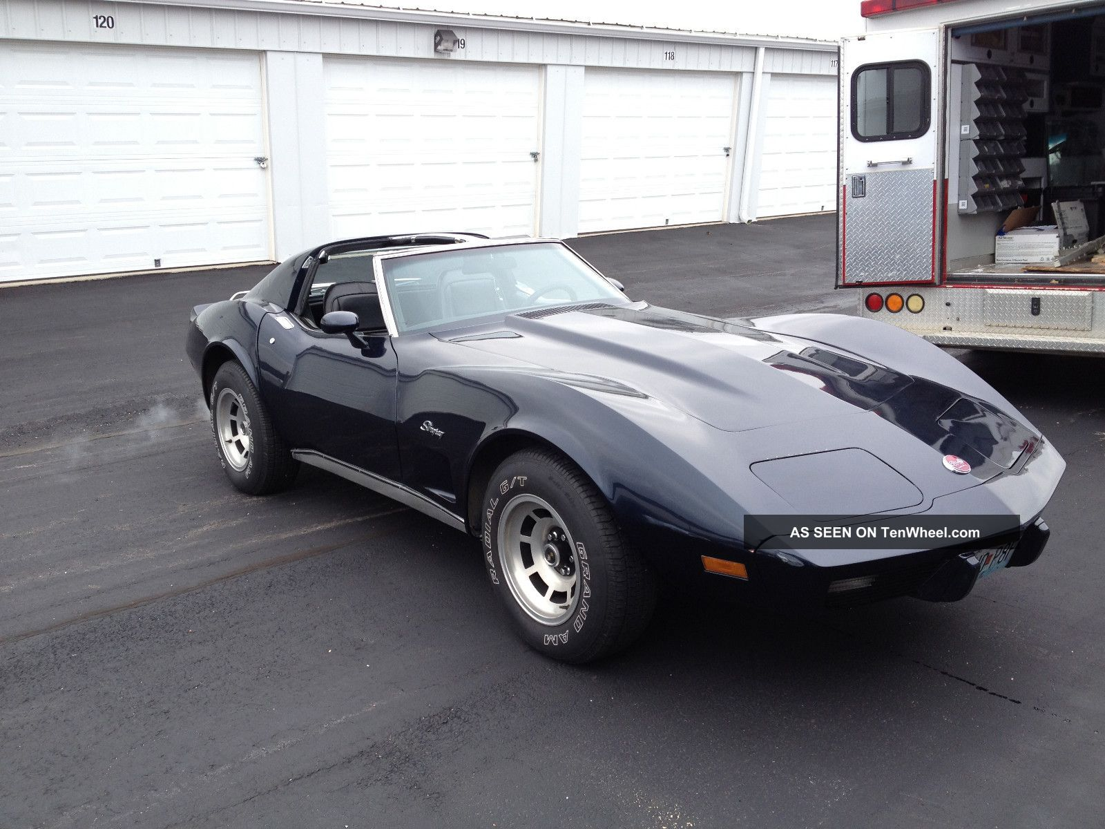 Chevrolet Corvette 5.7 1976 photo - 6