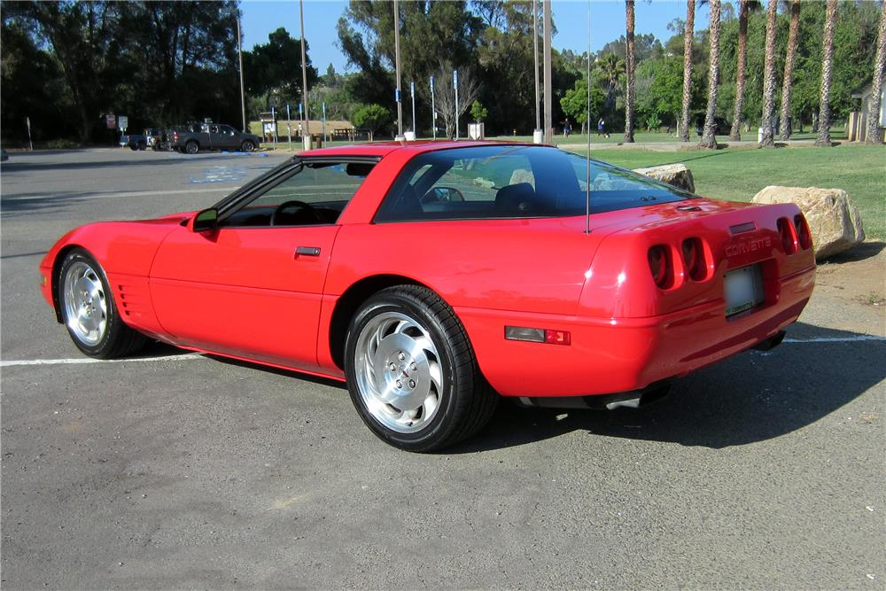 Chevrolet Corvette 5.7 1994 photo - 4