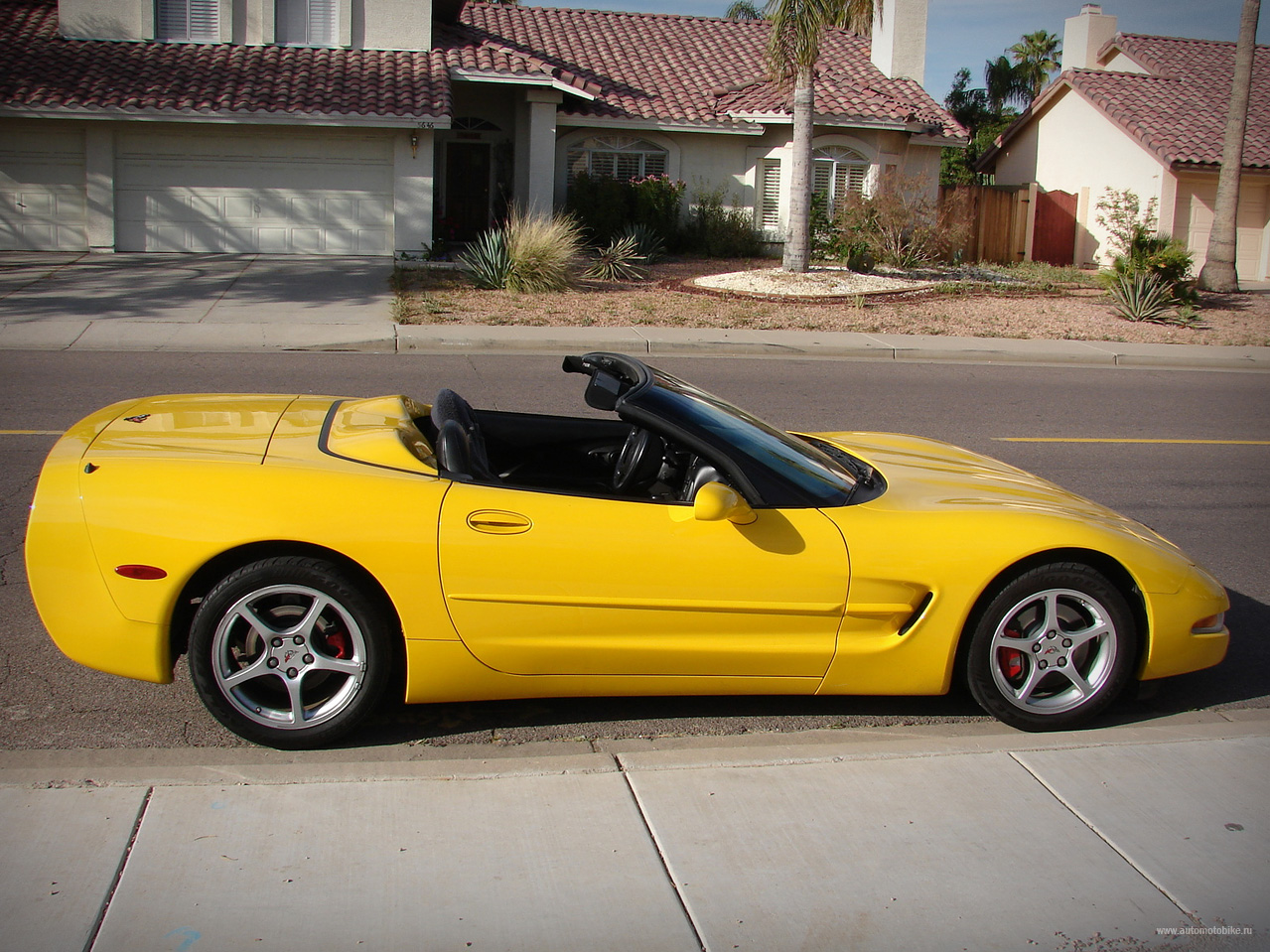Chevrolet Corvette 5.7 1998 photo - 3