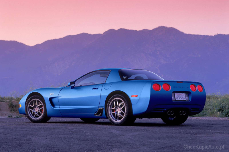 Chevrolet Corvette 5.7 1998 photo - 6