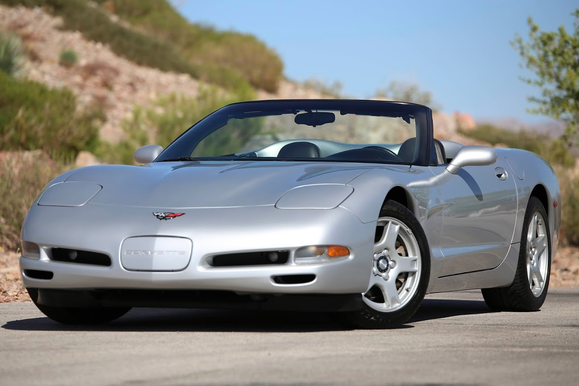Chevrolet Corvette 5.7 1999 photo - 9
