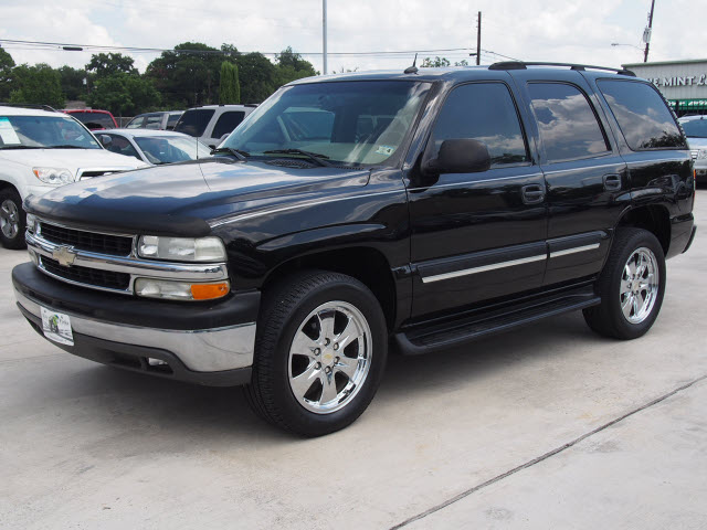 Chevrolet Tahoe 4.8 2005 photo - 11